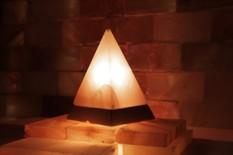 Solná lampa elektrická Pyramida